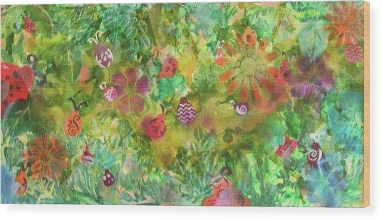 Ladies Garden Retreat Wood Print