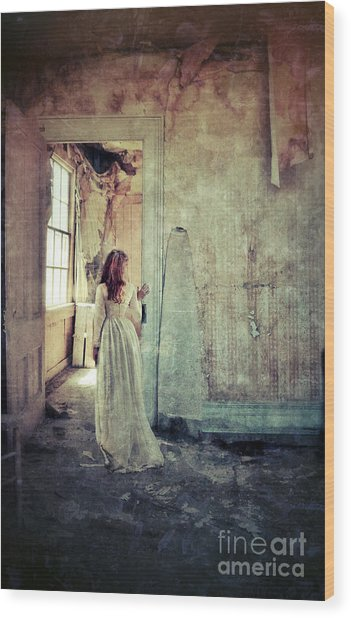 Lady In An Old Abandoned House Wood Print