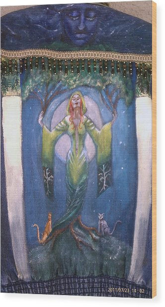 Lady Of The Green Tree Wood Print