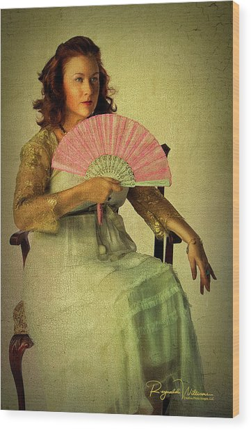 Lady With A Fan Wood Print