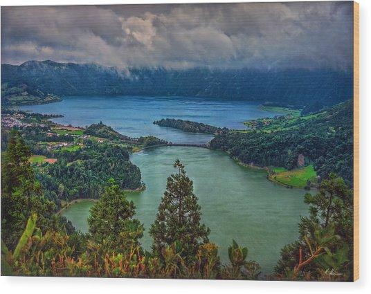 Lagoa Verde E Lagoa Azul Wood Print