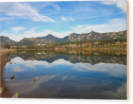 Lake Estes Reflections Wood Print by Perspective Imagery
