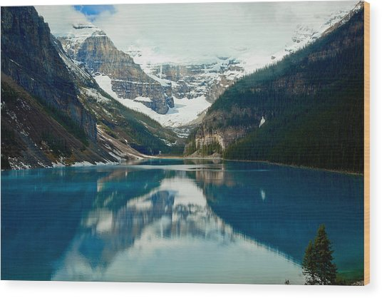 Lake Louise 1783  Wood Print by Larry Roberson