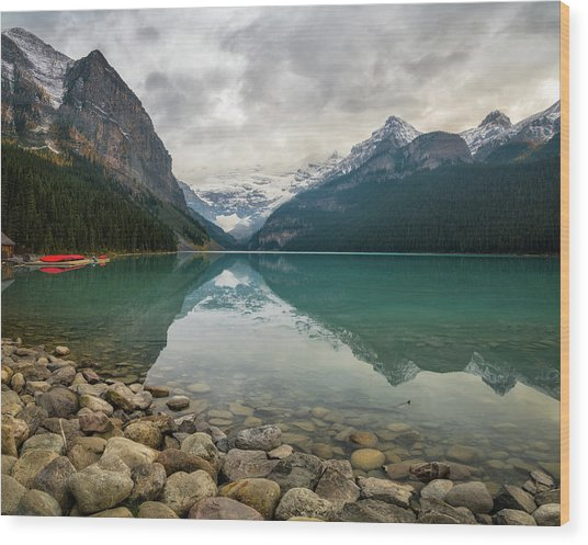Lake Louise In The Fall Wood Print