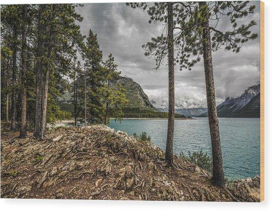 Lake Minnewanka Wood Print