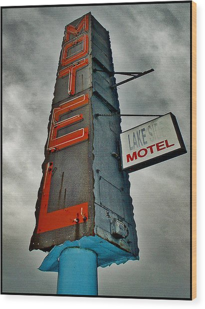 Lake Motel Wood Print by Curtis Staiger