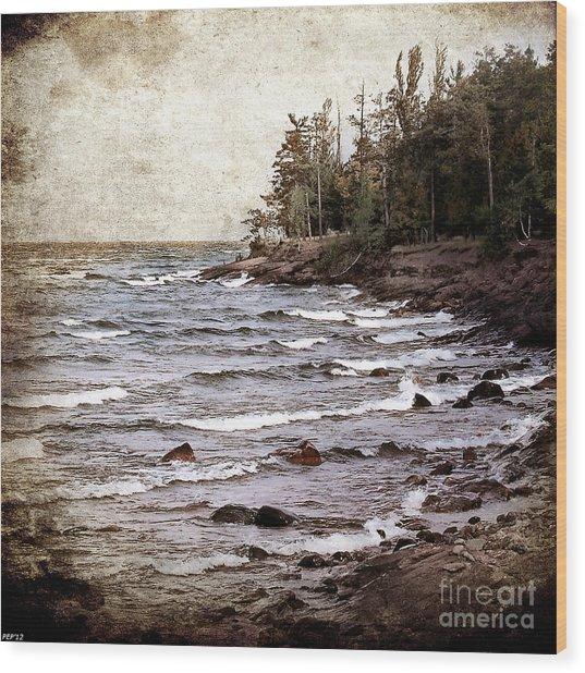 Lake Superior Waves Wood Print