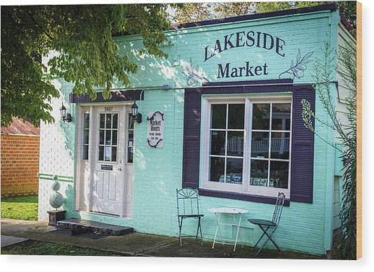 Lakeside Market Wood Print