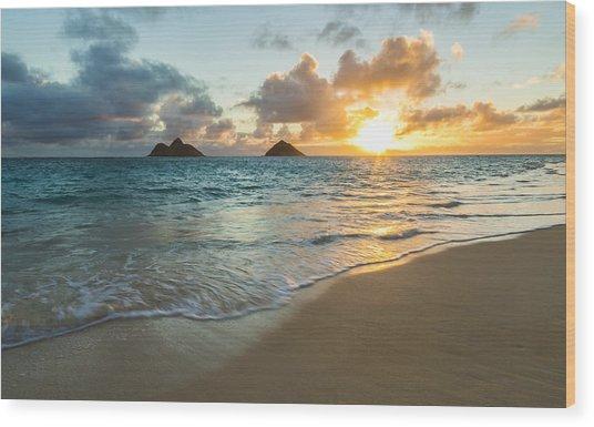Lanikai Beach Sunrise 2 Wood Print