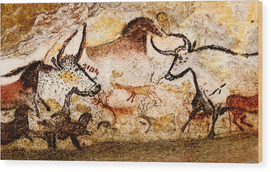 Lascaux Hall Of The Bulls - Deer And Aurochs Wood Print