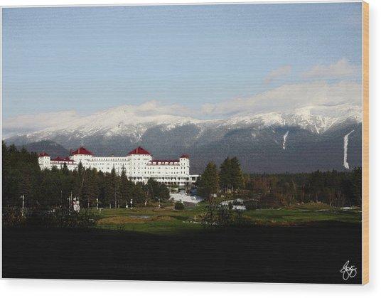Last Light On The Mount Washington Hotel Wood Print
