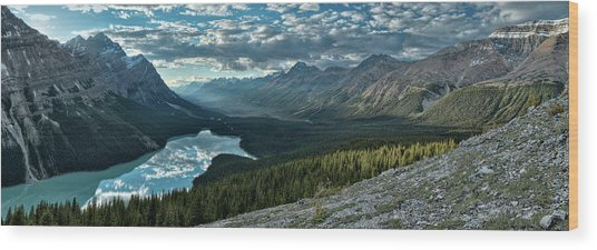 Last Rays Of Light Over Peyto Lake Wood Print