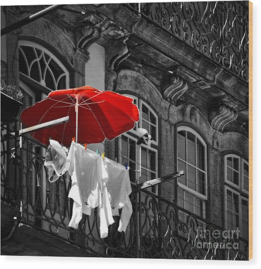 Laundry With Red Umbrella In Porto - Portugal Wood Print