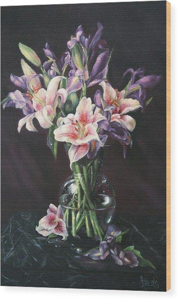 Laurette' Lillies Wood Print by Michelle Kerr