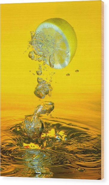 Lemon And Bubbles Wood Print by Travel Images Worldwide