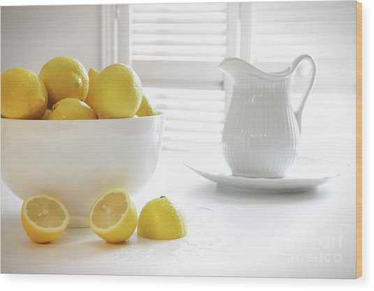 Lemons In Large Bowl On Table Wood Print