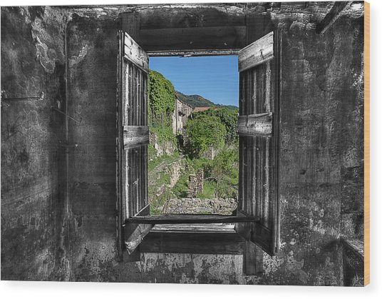 Let's Open The Windows - Apriamo Le Finestre Wood Print
