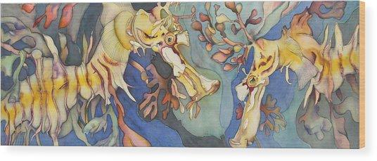 L'hippocampe Jaune Wood Print by Liduine Bekman