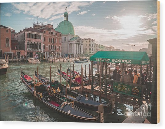 Life Of Venice - Italy Wood Print