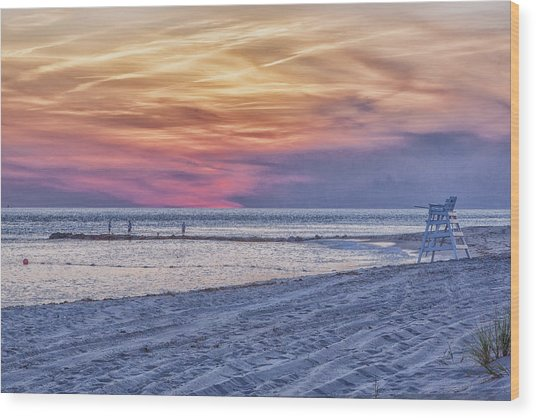Lifeguard Chair At Sunset Wood Print