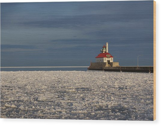 Lighthouse In Winter Wood Print