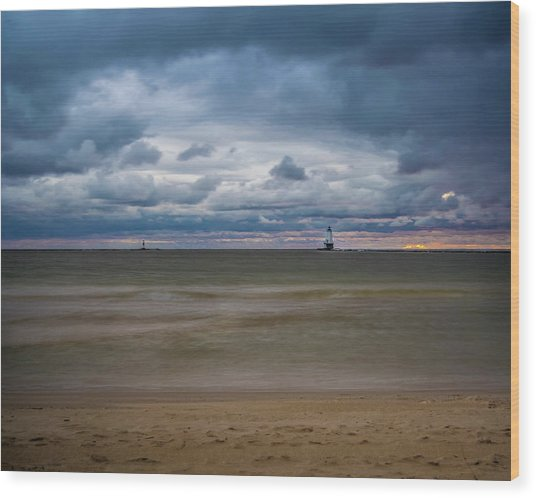 Lighthouse Under Brewing Clouds Wood Print