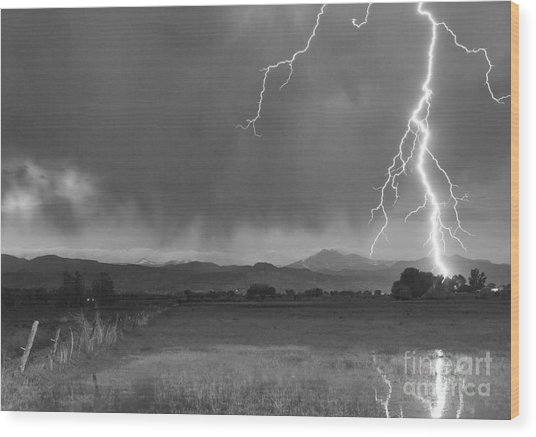 Lightning Striking Longs Peak Foothills 5bw Wood Print