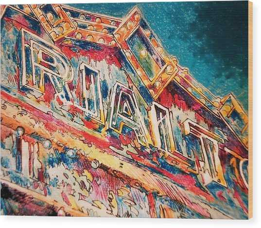 Lights Out At The Rialto Wood Print by Don Getz