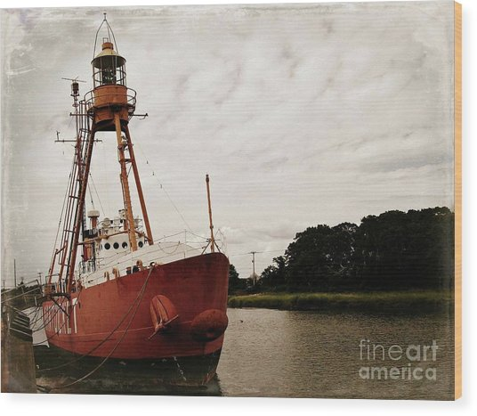 Lightship Nantucket Wlv-613 At Wareham Wood Print