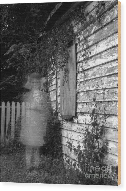 Little Girl Ghost Wood Print by Melissa Wyatt
