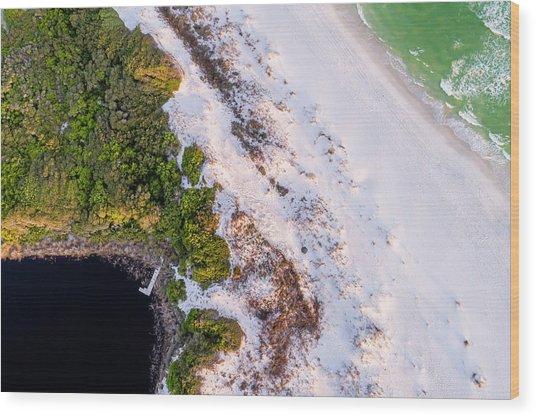 Little Redfish Lake Nestles The Gulf Wood Print