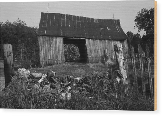 Lloyd-shanks-barn-4 Wood Print by Curtis J Neeley Jr