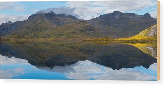 Lofoten Lake Wood Print