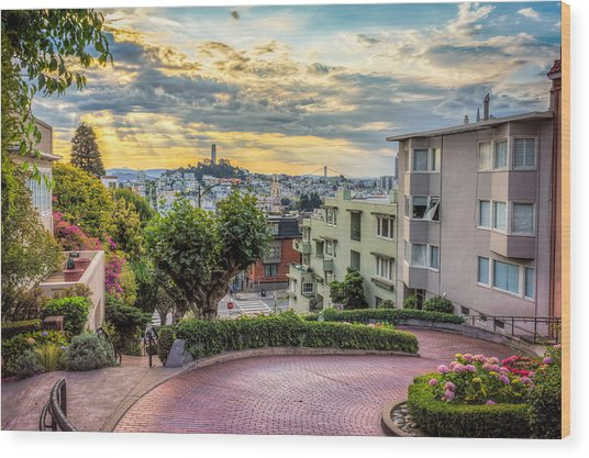 Lombard Street In San Francisco Wood Print