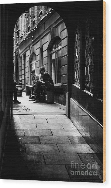 London Backstreet Alley Wood Print