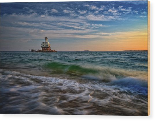 Long Beach Bar Lighthouse Wood Print