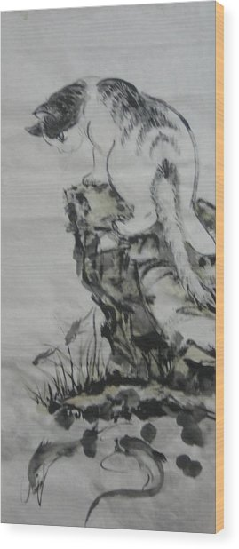 Looking For Dinner Wood Print by Min Wang