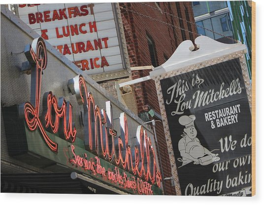 Lou Mitchells Restaurant And Bakery Chicago Wood Print