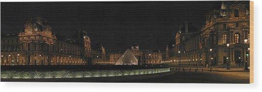 Louvre Wood Print by Gary Lobdell