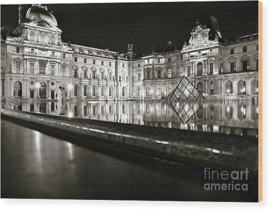 Louvre Reflections Wood Print