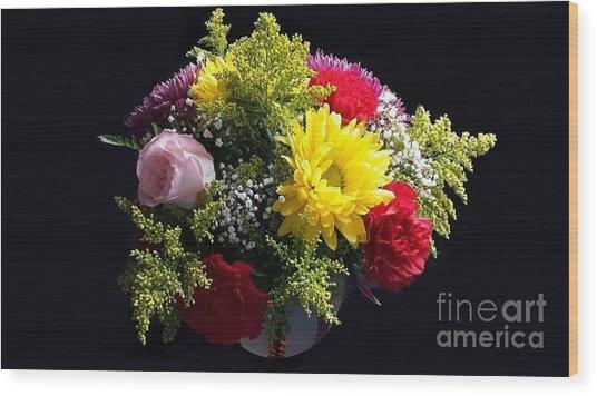 Love Bouquet Wood Print