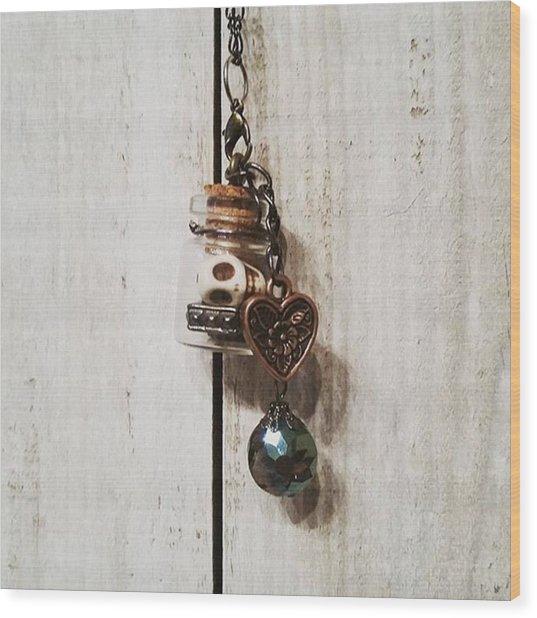 'love Jitters' 💘💀#vial #pendant Wood Print