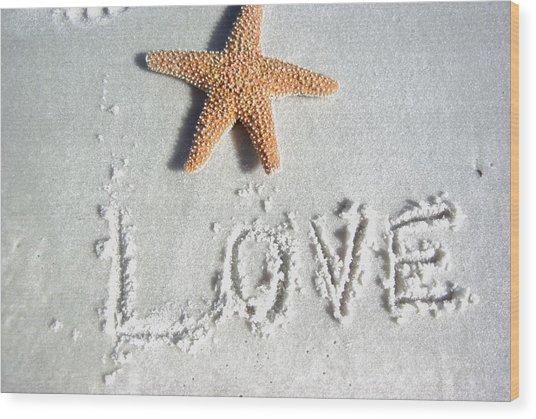 Love On The Sand Wood Print