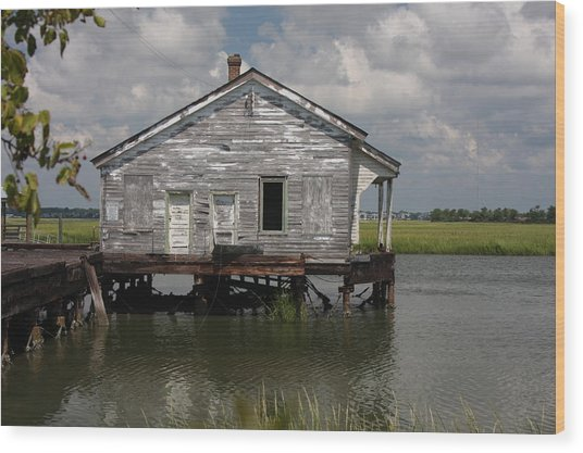 Low Country Fish Shack Wood Print