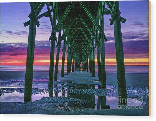 Low Tide Pier Wood Print