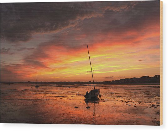 Low Tide Sunset Sailboats Wood Print