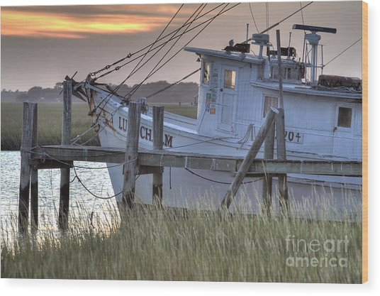 Lowcountry Shrimp Boat Sunset Wood Print
