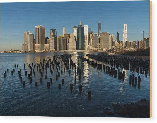 Luminous Blue Silver And Gold - Manhattan Skyline And East River Wood Print