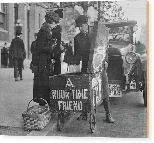 Lunch Cart In Washington D C Wood Print