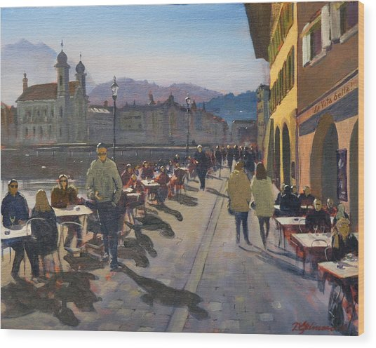 Lunchtime In Luzern Wood Print